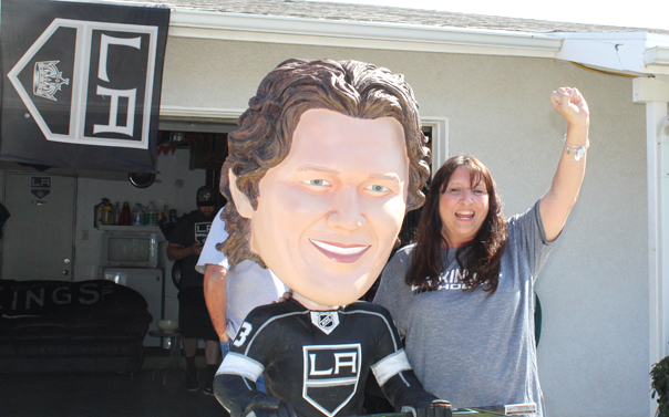 la kings fan bobble head
